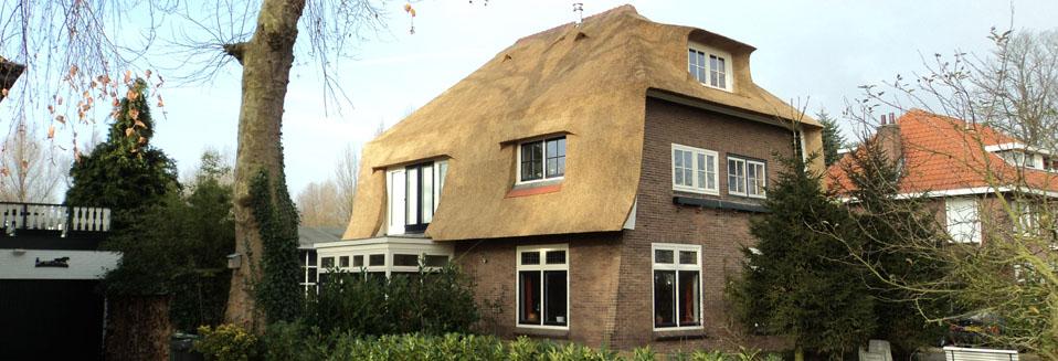 Nieuw rieten dak woning